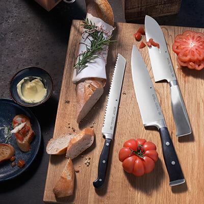 Besteck, Messer & Schneidbretter