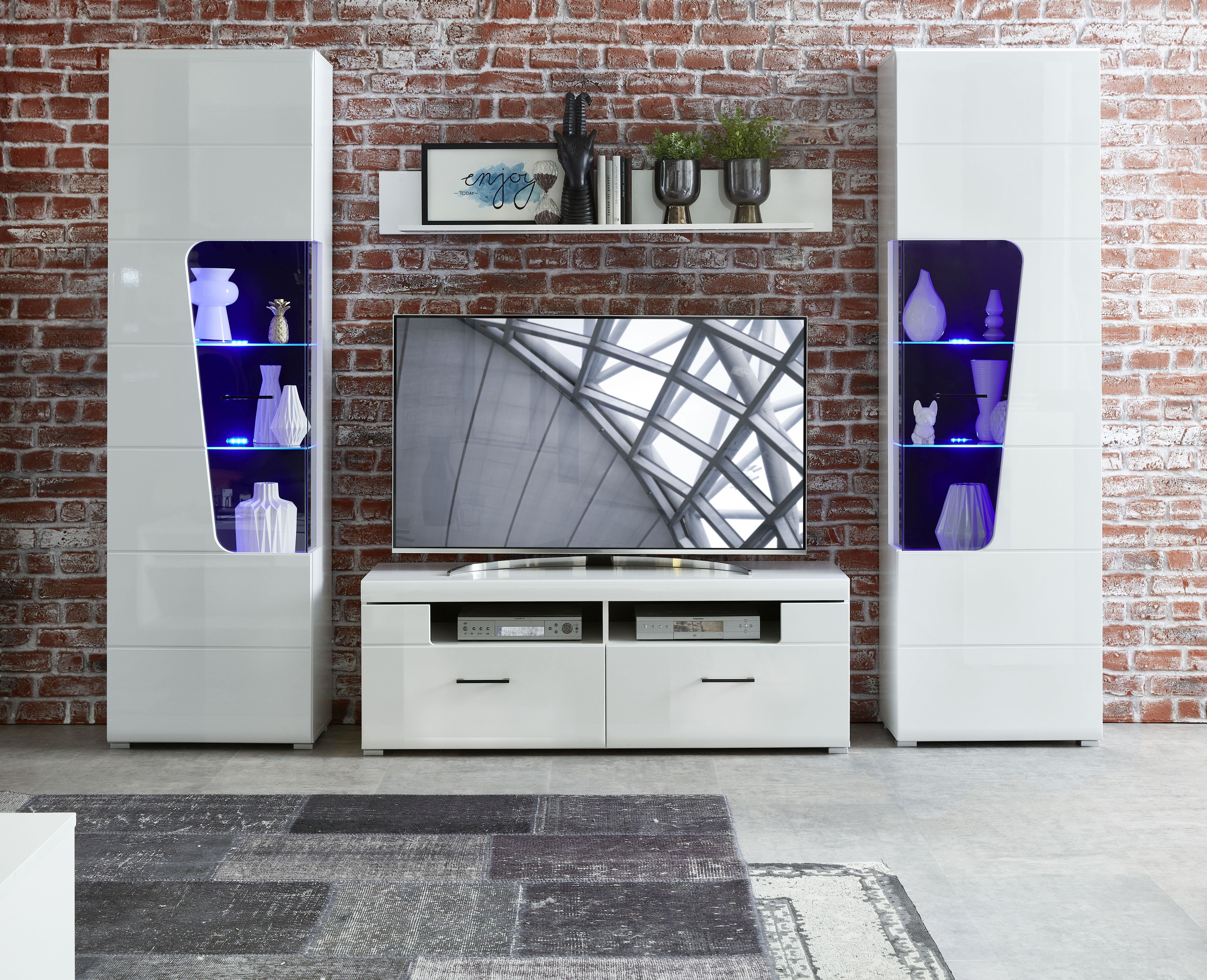 FUNNY PLUS TV-/Wohnlös.+B weiß/weiß HG MDF/Schwarz B/H/T ca. 304/205/47 cm